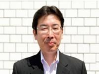 http://iishuusyoku.com/image/優しい笑顔が印象的な社長。「楽しく働くこと」をモットーに、エンジニア出身だからこそわかる、社員にとって働きやすい環境を実現しています。