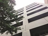 https://iishuusyoku.com/image/田町のオフィス街にある東京本社。泉岳寺、田町駅から徒歩圏内で通勤も便利な立地です!