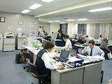 http://iishuusyoku.com/image/オフィスの様子です。先輩社員がしっかりサポートしてくれるので安心。風通しの良い環境で、のびのびと働くことができます。