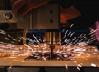 各業界大手メーカーから地域の町工場まで1000社以上と取引があります。