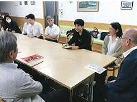 http://iishuusyoku.com/image/社内会議風景です。若手からベテランまで、社歴や年齢に関係なく積極的に意見を出し合える環境です。