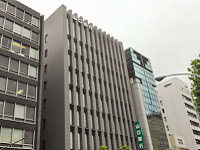 https://iishuusyoku.com/image/日本橋・三越前にある本社オフィス。駅からも近く、複数路線利用可の立地のため、通勤も便利です。