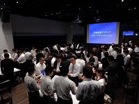 http://iishuusyoku.com/image/月に1度の帰社日は、全社員が同じ場所に集まり、ヒューマンスキルについて仲間と共に考える「学びの場」です。