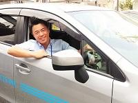 日中は社用車を走らせ、お客さん訪問します。サンプル品を見せながら要望に沿った製品を提供します!