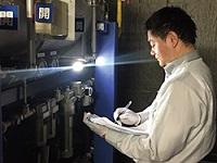 https://iishuusyoku.com/image/ガスの配管設備を、「医療ガスの保守点検指針」に基づき、プロの目で検査していきます。