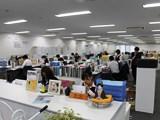 https://iishuusyoku.com/image/社内では見積・受注業務・電話対応などが主な業務です。繁忙期は出荷業務のヘルプ作業も行います。みんなで助け合う社風です!
