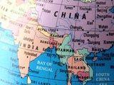 https://iishuusyoku.com/image/世界各国の原石は一旦中国に集められ、そこで加工し再び各国に送られます。同社は世界有数の石材産地とのパイプを確立し、国内へ輸入される石材の8割を占める中国の現地企業と信頼関係を結んできました。