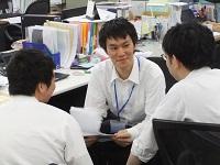 入社後は先輩社員によるOJT研修です!新卒で入社した20代の若手メンバーもいますので、何でも相談してくださいね。