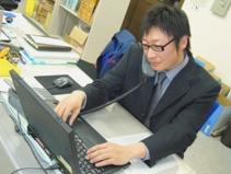 http://iishuusyoku.com/image/他拠点のベテラン社員からのサポートを受けることもでき、先輩や上司から学びながらじっくり成長ができる環境です。