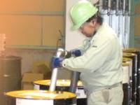 http://iishuusyoku.com/image/エンジンオイル、ATF、ギヤオイルなど様々な自動車用潤滑油や工業用潤滑油のブレンド・容器充填までおこなっています。