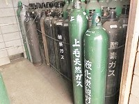 https://iishuusyoku.com/image/産業に欠かすことのできない高圧ガスです。関東圏全域をカバーする安定した供給体制を確立させています!