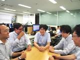 http://iishuusyoku.com/image/快適なオフィスでとても仕事に取り組 みやすい環境です。本社は人気エリアの丸の内。交通の便もよく、周りには 飲食店も数多くあり、仕事後の生活も充実します。