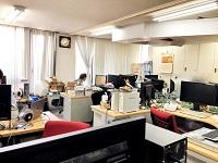 https://iishuusyoku.com/image/本社オフィスです。小田急線の東林間、小田急相模原駅から徒歩圏内。こちらで1~2ヶ月間の初期研修を実施します!