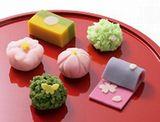 https://iishuusyoku.com/image/和菓子の季節ごとのイメージと伝統を守りながら、オリジナルデザインとしてのラッピングを心掛けています。
