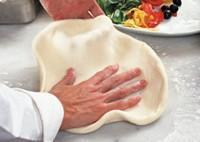 https://iishuusyoku.com/image/別事業部では、ピザをはじめとしてナンやフォカッチャなど世界のエスニック料理を日本のスタンダードフーズにするため日々努力しています。