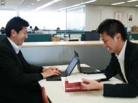 https://iishuusyoku.com/image/営業だけではなく、取材同行も大事な仕事!入社後は事前の質問項目をしっかりチェック!