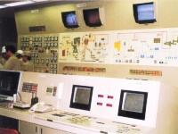これが制御システムです!ハイテクでかっこいいですよね!このハードとソフトの両方をオーダーメードで製作している会社です!