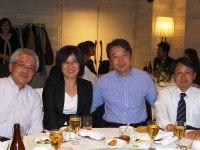 http://iishuusyoku.com/image/経営陣も同席する社内懇談会。社員同士の仲間意識が強く、アットホームな社風も同社の魅力の一つです。
