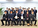 "https://iishuusyoku.com/image/""学生が自ら『決める』そのために""をコンセプトとして事業を展開!大学内のガイダンスの企画・運営や企業情報誌の発刊、採用コンサルティング等を行い、日本のモノづくり産業の活性化・発展に貢献しています!"