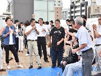 http://iishuusyoku.com/image/イベントスペースにもなる本社ビルの屋上。ビアパーティーや社長によるサプライズ企画も見逃せません。