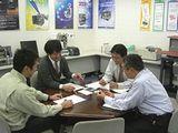 http://iishuusyoku.com/image/社内の雰囲気はとてもアットホームで新しい方でもきっとすぐ馴染めるはず♪安定感ある会社で、イチから成長したい方にオススメです。