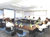 https://iishuusyoku.com/image/年に1度の社員総会です。20代も活躍しており未経験の方も先輩が丁寧に教えるので安心です。