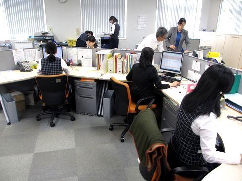 https://iishuusyoku.com/image/配属先となる、兵庫県の加古川市にあるオフィスの様子です。転勤はありませんので、兵庫の加古川/明石エリアで腰を据えて長く働きたい方におすすめです。