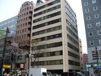https://iishuusyoku.com/image/営業部は横浜にあります。関内駅、日本大通り駅の両駅から徒歩圏内で通勤も便利です。