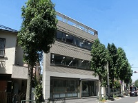 https://iishuusyoku.com/image/オフィスは世田谷区の真ん中ぐらいに位置します。下北沢駅と三軒茶屋駅の両方が使えて通勤便利です。