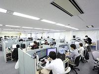 https://iishuusyoku.com/image/エンジニアと営業のフロアが分かれていて、各スタッフが各々の業務に専念することができます。