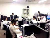 オフィス全体になります。明るく清潔な社内ですので、気持ちよく開発に専念できる環境があります。