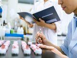 https://iishuusyoku.com/image/コンタクトレンズケアに特化した研究所を持ち、独創性の高い研究開発を行いながら、日々新しい製品の開発に取り組んでいます。