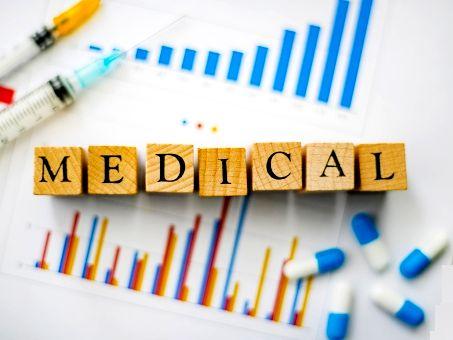 1980年の創業以来、医療現場における効率化を図るシステムや電子カルテシステムを通じて、医療従事者の方が患者への適切な案内が可能となるシステムを作りつづけています。