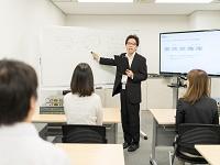 https://iishuusyoku.com/image/文系・未経験からのスタートでも大丈夫!元ITスクールの講師が基礎からしっかりと研修を行ってくれますよ!