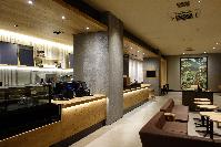 アメリカ発!話題のカフェにも同社の建材が使われています。お洒落な空間演出に一役買っています。