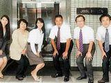 https://iishuusyoku.com/image/取引先は、大手食品メーカー、製薬会社、商社など。現在、東京支社では6名の従業員の方々が働いております。