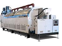 https://iishuusyoku.com/image/2分ごとに60kgの洗濯が可能な「節水型ダブルドラム連続洗濯機」のような大型機器は、一連のシステムで電車一連ほどの巨大な設備です。