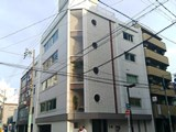 本社は名古屋市内中心部で、駅から徒歩1分の好立地!転勤もありませんので腰を据えて働くことができます。