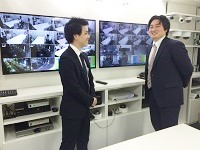 https://iishuusyoku.com/image/拡大したい画像をポップアップで表示できる同社のシステム。LEDにも国内でいち早く着手しました。