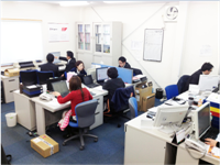 https://iishuusyoku.com/image/オフィス風景。社員の3分の2は20代!まだまだこれから。みんなで力を合わせて会社を創っていきましょう!