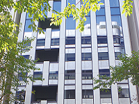 https://iishuusyoku.com/image/本社オフィスは「茅場町」駅から歩いてすぐ!残業もほぼなしなので、ワークライフバランスも抜群です!