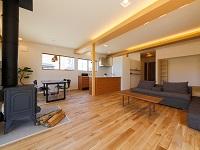 http://iishuusyoku.com/image/燃えにくい住宅建築資材として国土交通省の防火認定を取得するなど、環境にも安全にも配慮した革新的な商品を次々と生み出してます。