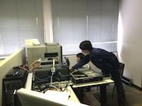 http://iishuusyoku.com/image/個人のブースがあり、集中して仕事に取り組める環境です!若手だからというレッテルはなく、上下関係もフラットな風通しが良い社風です!
