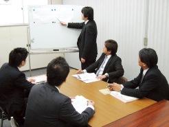知識の習得、資格取得についても上司、先輩社員からのサポートやアドバイスが受けれるなどスキルアップしていくことができる環境です。