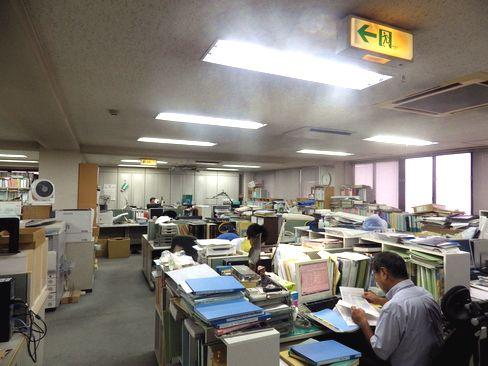 https://iishuusyoku.com/image/年間休日120日以上、有給も1時間単位で取れるなど、働きやすい環境を整えています。平均勤続年数も10年以上と定着率が良い、アットホームな社風です。