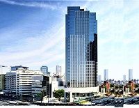 https://iishuusyoku.com/image/東京営業所が入っている高層ビル。一階には同社のショールームもあります!