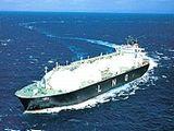 https://iishuusyoku.com/image/大型LNG船の製品を取り扱うメーカーは数少なく、海運業界に欠かせない存在として海上輸送を支えています。世界中で海上輸送を行う船舶に、あなたが提案した製品が使われることになります。