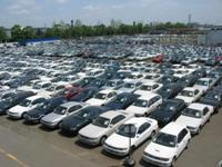 https://iishuusyoku.com/image/仕入れた車は、厳密なチェックを受けて販売されていきます。写真は保管されている車両で、豊富なラインナップでユーザーのニーズに応えています。