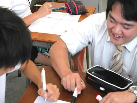 http://iishuusyoku.com/image/今までの人生の様々な経験が生かせる職場。一人の大人として子どもたちに接します。一人ひとりと本気で向き合っていきます。