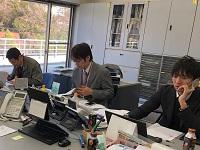 http://iishuusyoku.com/image/分からないことは近くの先輩社員に気軽に聞くことができる環境なので安心です☆